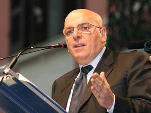 Oliverio: «Gentiloni ha firmato il decreto Zes»