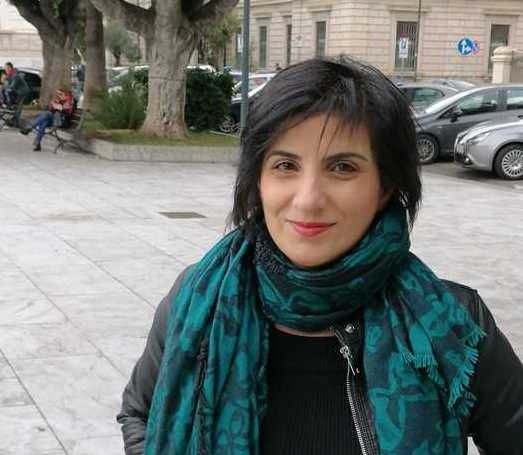 Angela Villani protesta per il figlio autistico: «Asp paghi le cure»