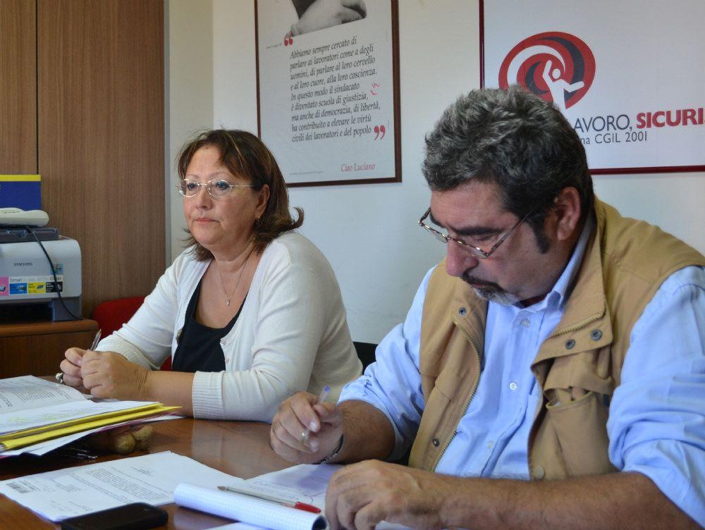 Sit-in della Cgil contro la riforma del governo Ma il ministro Balduzzi non si è presentato a Lamezia