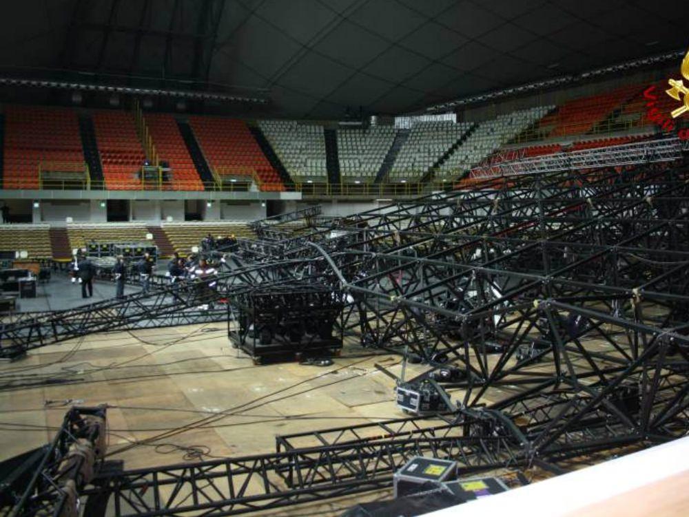 Crollo palco Pausini, in Appello arrivano 5 condanne