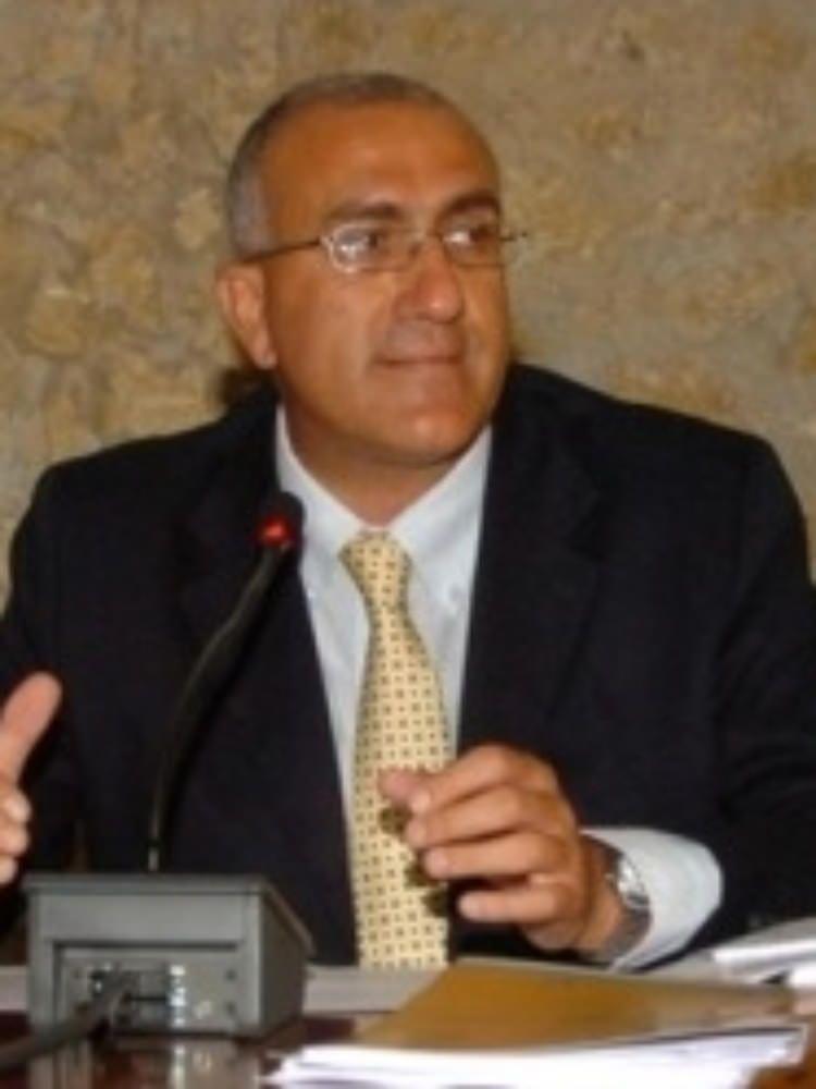 Maiolo: «La commissione regionale contro la `ndrangheta tenga un`audizione del prefetto Caruso»