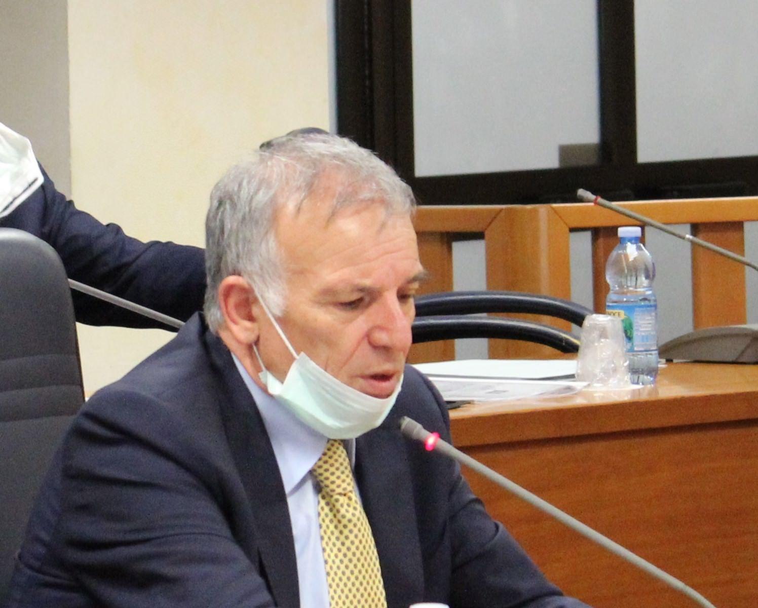 L'aiuto alle farmacie dei Grande Aracri e i voti alle regionali del 2014. Le accuse della Dda a Tallini