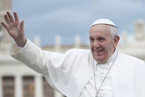 Gli auguri di Papa Francesco all'arcivescovo di Reggio Calabria
