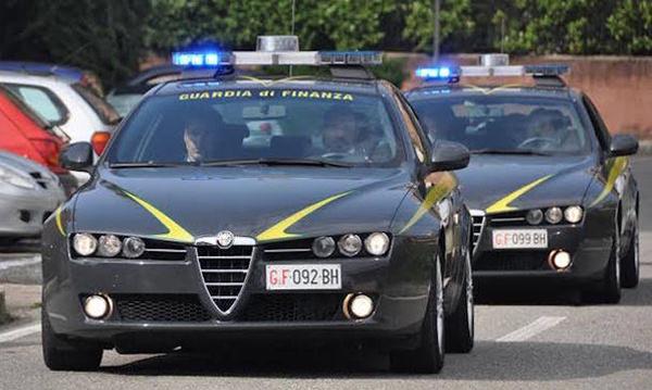 Estorsione, minacce e turbativa d'asta, arrestati due imprenditori a Corigliano
