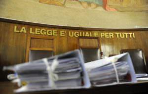 Donna rapinata a Catanzaro, 44enne rimesso in libertà