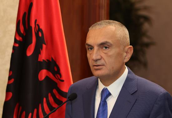 641803dc1b5f1 Il presidente dell Albania in visita in Calabria - Corriere della ...