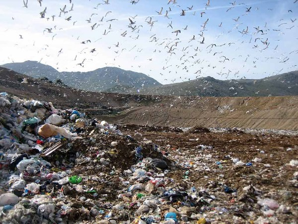 Discarica-rifiuti