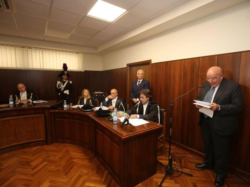 Oliverio alla Corte dei Conti: «Regione penalizzata dai ritardi dei Comuni»