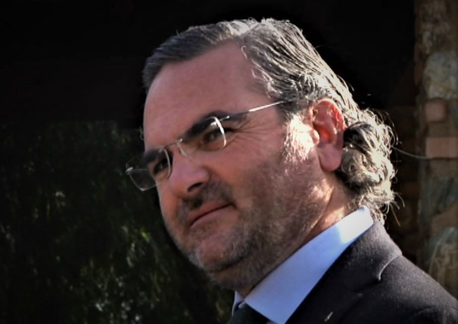 Rifiuti, Statti a Santelli: «No alle discariche. Revochi subito l'ordinanza»