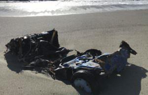 maltempo auto spiaggia Gizzeria