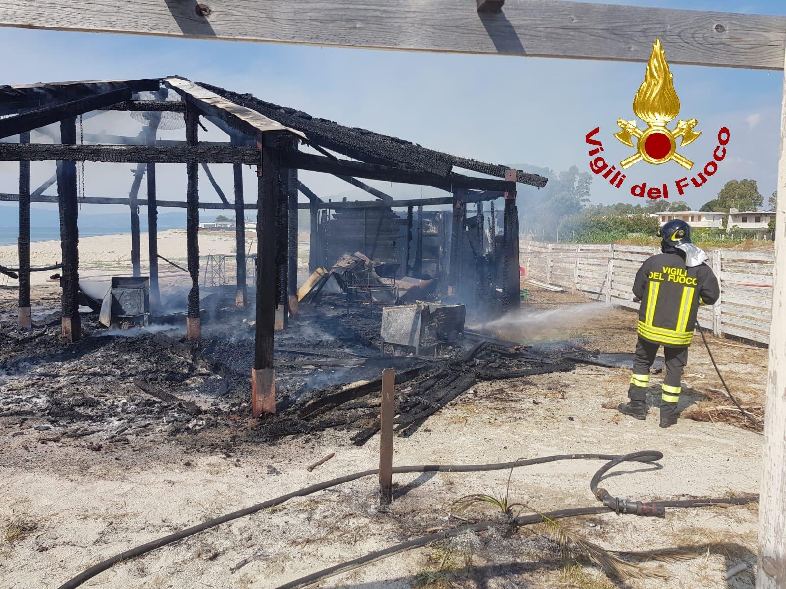 incendio Sellia Marina