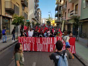 scuola manifestazione Cosenza