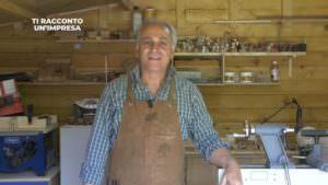 A Catanzaro la storia scritta nel legno del maestro Franco Scarpino