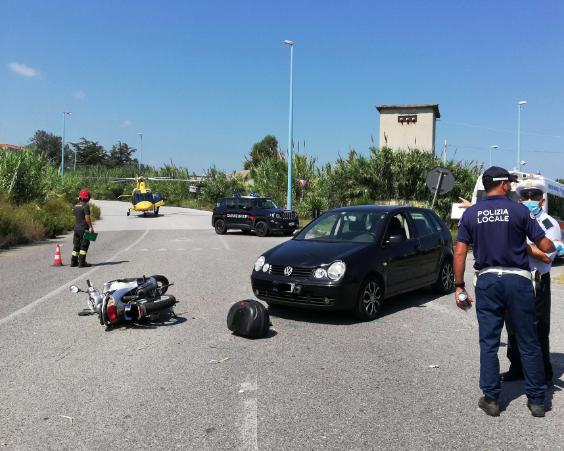 incidente moto auto VV