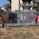 rende incendio furgone